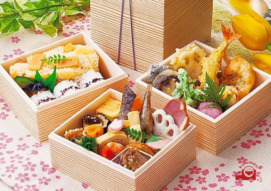 京三段弁当